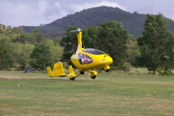 By The Air's AutoGyro Cavalon takes off!